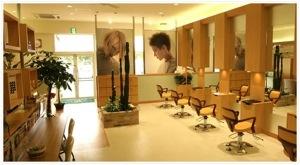 三重県 津市 久居 の 美容室 VAN COUNCIL 久居店 の店内です